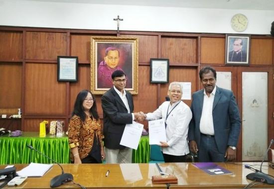 MIIM signed MOU with Soegijapranata Catholic University, Indonesia
